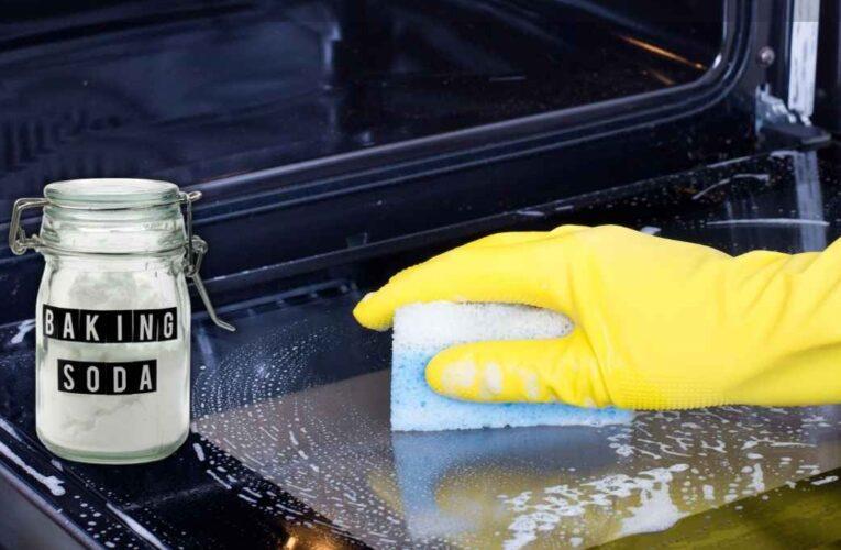 1626888282 A melhor maneira de limpar o forno em minutos e e1626888407792
